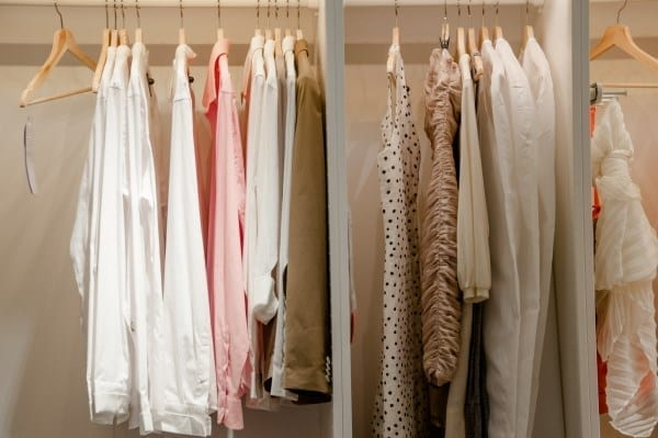 clearout your wardrobe (600 x 399)